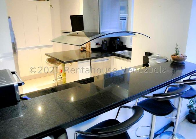 Apartamento Distrito Metropolitano>Caracas>Lomas del Sol - Venta:180.000 Precio Referencial - codigo: 21-19917