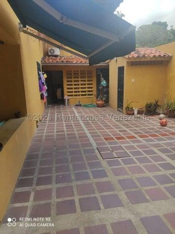 Casa Distrito Metropolitano>Caracas>Chuao - Venta:270.000 Precio Referencial - codigo: 21-20421