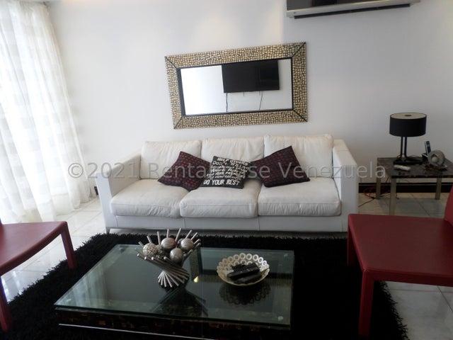Apartamento Distrito Metropolitano>Caracas>Los Naranjos del Cafetal - Venta:150.000 Precio Referencial - codigo: 21-9673