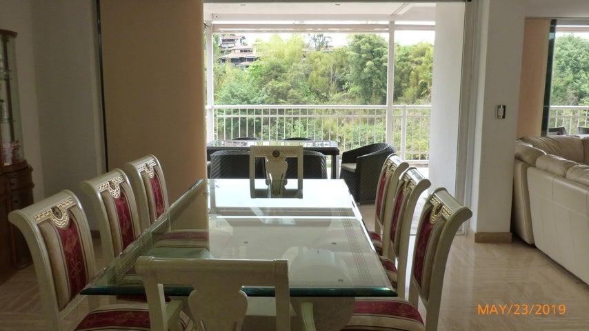 Casa Distrito Metropolitano>Caracas>Oripoto - Venta:339.000 Precio Referencial - codigo: 21-20539