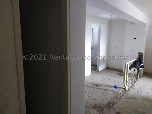Apartamento Distrito Metropolitano>Caracas>Lomas del Sol - Venta:85.000 Precio Referencial - codigo: 21-20585