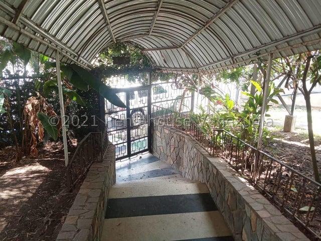 Oficina Distrito Metropolitano>Caracas>Colinas de Bello Monte - Alquiler:360 Precio Referencial - codigo: 21-20598
