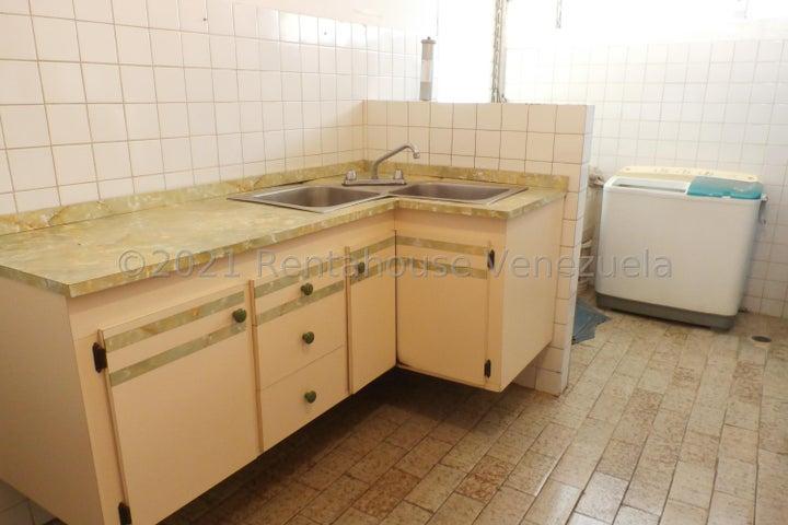 Apartamento Zulia>Maracaibo>La Floresta - Venta:7.500 Precio Referencial - codigo: 21-20818