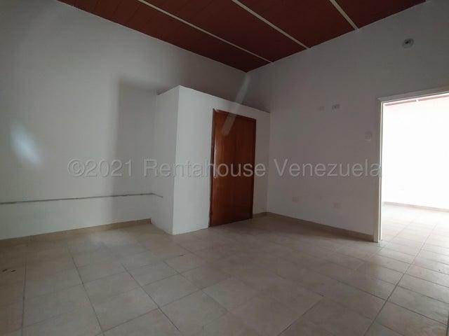 Casa Aragua>Maracay>Los Olivos Nuevos - Venta:33.000 Precio Referencial - codigo: 21-20781
