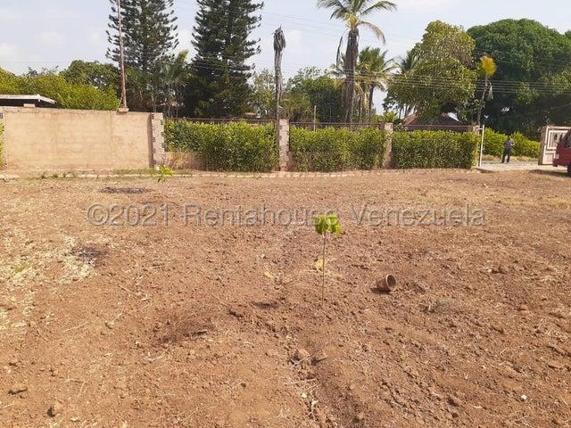Terreno Carabobo>Municipio Libertador>Safari Carabobo - Venta:28.000 Precio Referencial - codigo: 21-20792