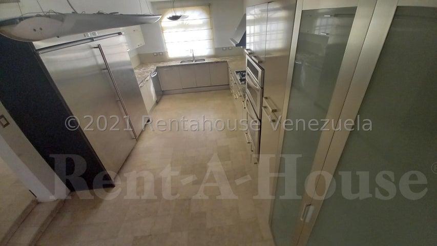 Casa Zulia>Maracaibo>Fuerzas Armadas - Alquiler:500 Precio Referencial - codigo: 21-7108