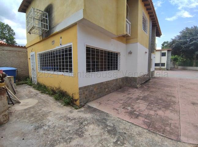 Casa Aragua>Maracay>El Limon - Venta:65.000 Precio Referencial - codigo: 21-20776