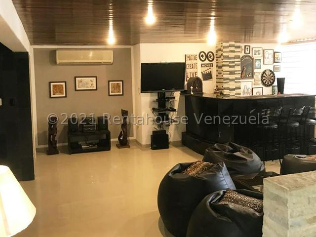 Apartamento Distrito Metropolitano>Caracas>Santa Rosa de Lima - Venta:350.000 Precio Referencial - codigo: 21-20779