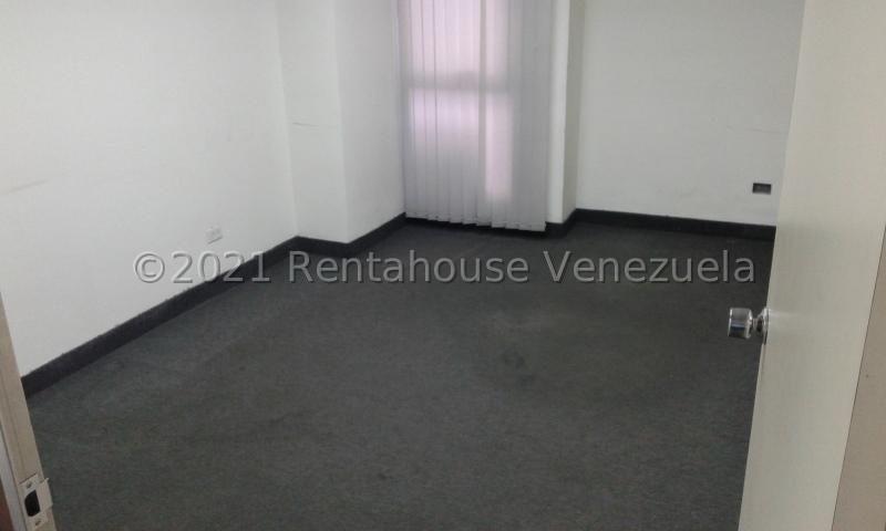 Oficina Distrito Metropolitano>Caracas>Los Cortijos de Lourdes - Alquiler:300 Precio Referencial - codigo: 21-20787