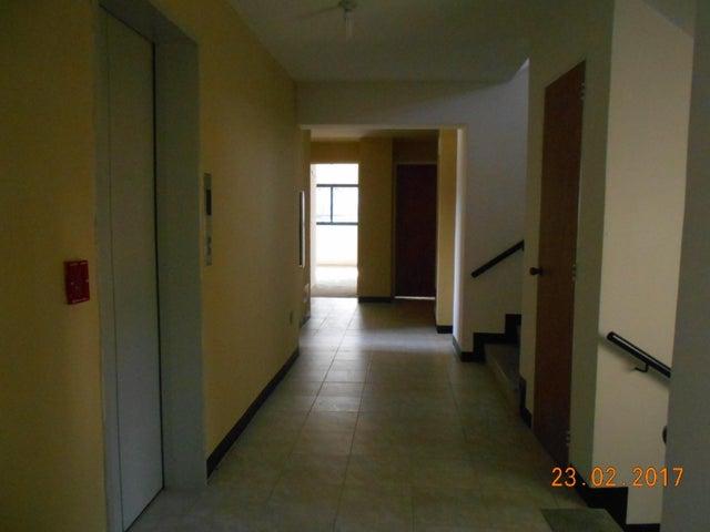 Apartamento Distrito Metropolitano>Caracas>Palo Verde - Venta:17.000 Precio Referencial - codigo: 21-20806