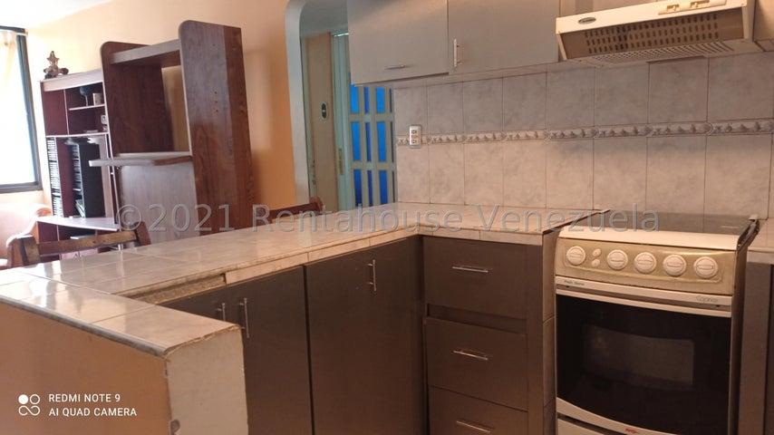 Apartamento Miranda>Guarenas>El Torreon - Venta:10.000 Precio Referencial - codigo: 21-20883