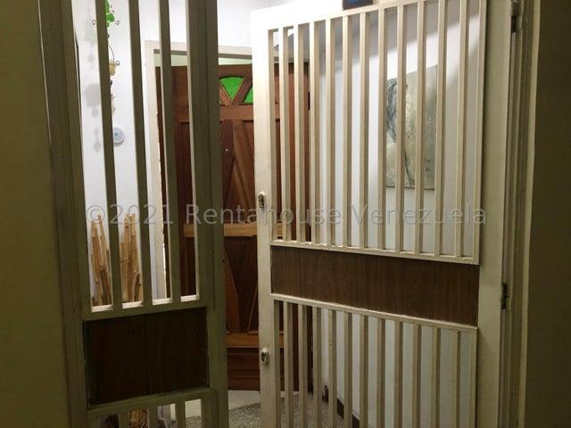 Apartamento Distrito Metropolitano>Caracas>Parroquia Altagracia - Venta:35.000 Precio Referencial - codigo: 21-20850
