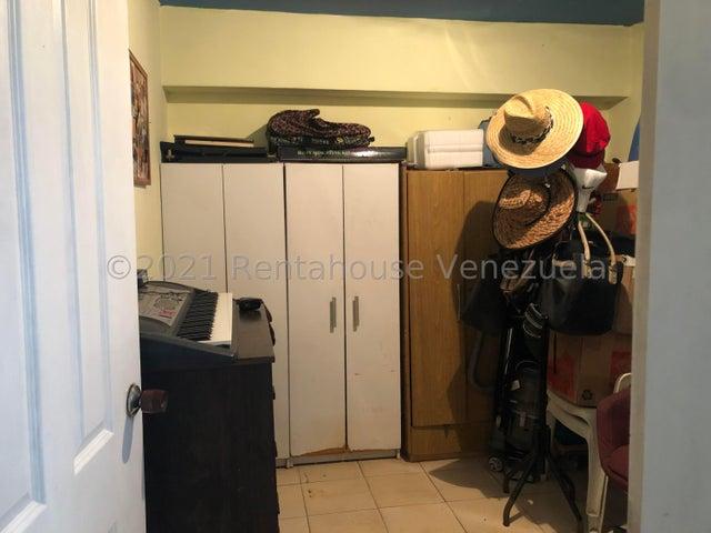 Apartamento Distrito Metropolitano>Caracas>Parroquia Altagracia - Venta:38.000 Precio Referencial - codigo: 21-20850