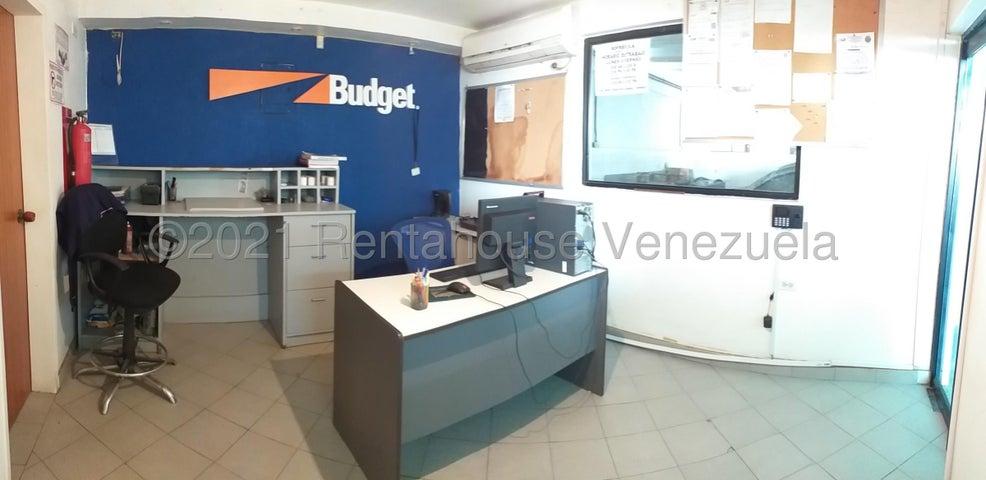 Local Comercial Falcon>Coro>Centro - Venta:31.900 Precio Referencial - codigo: 21-20819