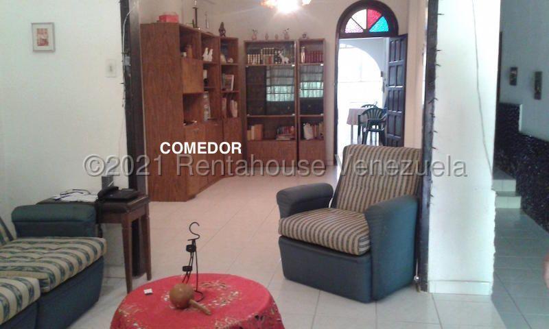 Casa Distrito Metropolitano>Caracas>La Trinidad - Venta:100.000 Precio Referencial - codigo: 21-20821