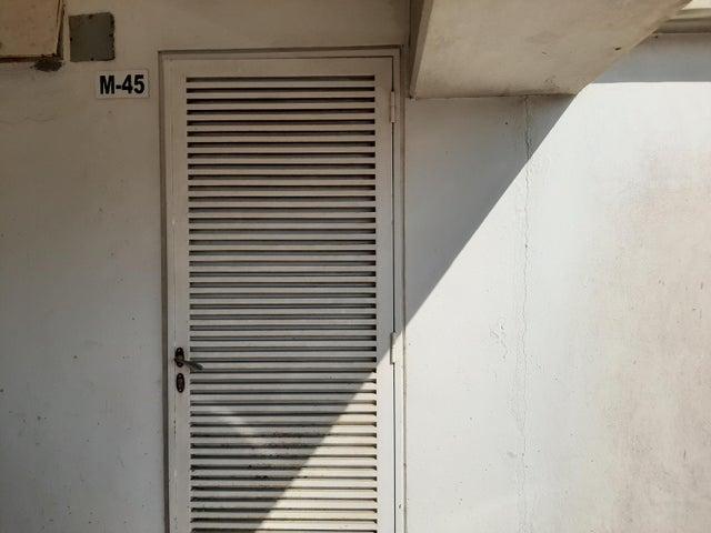 Townhouse Distrito Metropolitano>Caracas>Alto Hatillo - Venta:80.000 Precio Referencial - codigo: 21-20842