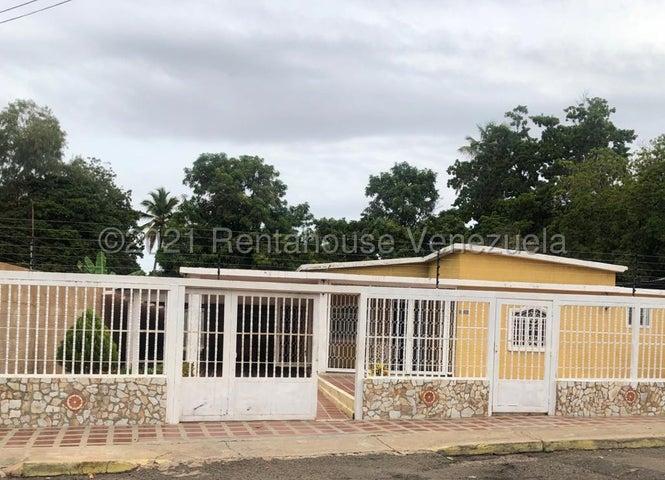 Casa Zulia>Maracaibo>Los Claveles - Venta:23.000 Precio Referencial - codigo: 21-20846