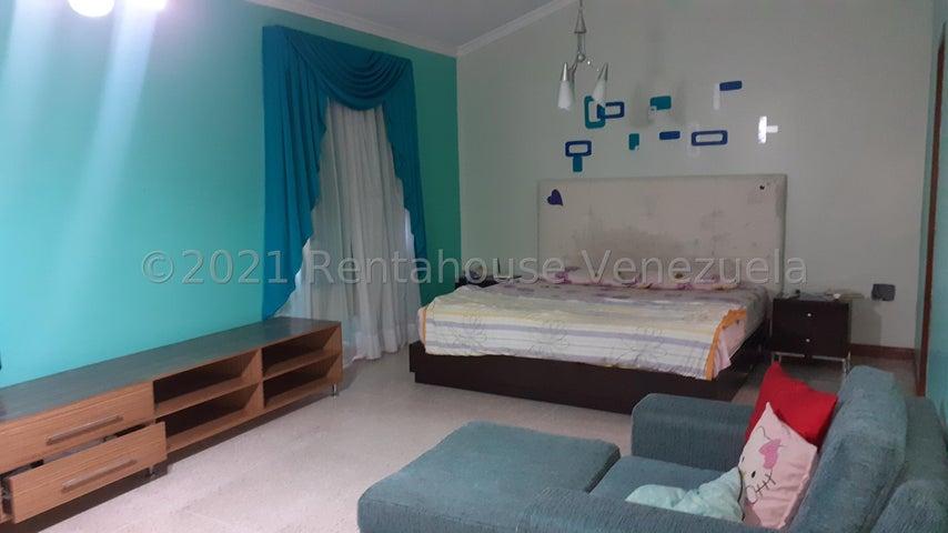 Townhouse Zulia>Maracaibo>Francisco de Miranda - Alquiler:320 Precio Referencial - codigo: 21-20855