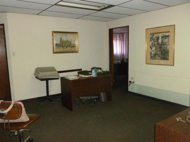 Oficina Distrito Metropolitano>Caracas>Mariperez - Venta:30.000 Precio Referencial - codigo: 21-20862