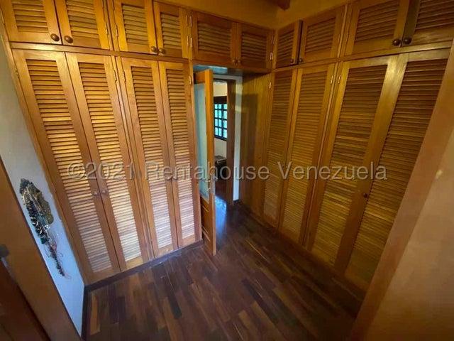 Townhouse Distrito Metropolitano>Caracas>Parque Oripoto - Venta:155.000 Precio Referencial - codigo: 21-20866
