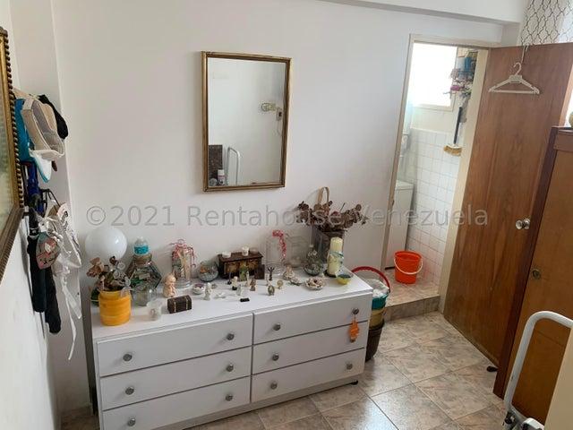Apartamento Distrito Metropolitano>Caracas>Cumbres de Curumo - Venta:75.000 Precio Referencial - codigo: 21-20886