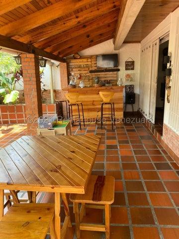 Townhouse Distrito Metropolitano>Caracas>La Boyera - Venta:199.000 Precio Referencial - codigo: 21-20861