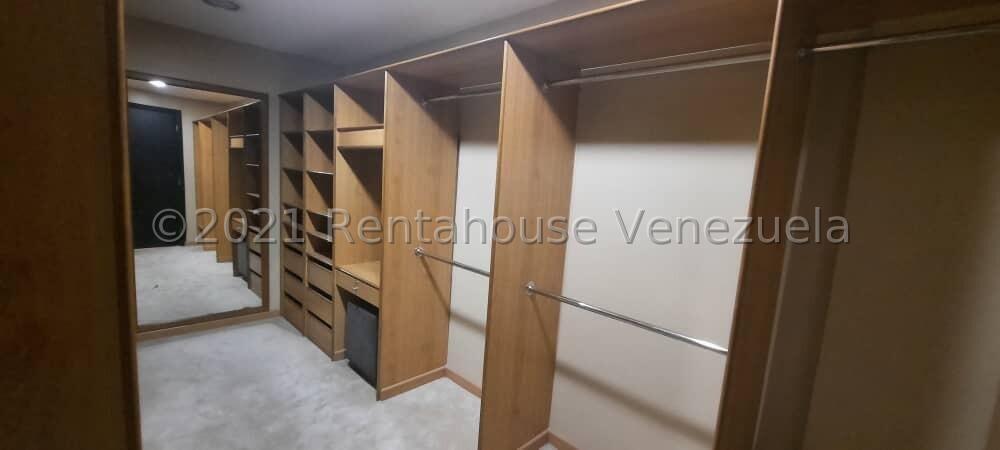 Townhouse Zulia>Maracaibo>Cantaclaro - Venta:130.000 Precio Referencial - codigo: 21-21420