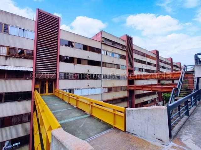 Apartamento Miranda>San Antonio de los Altos>La Rosaleda - Venta:50.000 Precio Referencial - codigo: 21-21535
