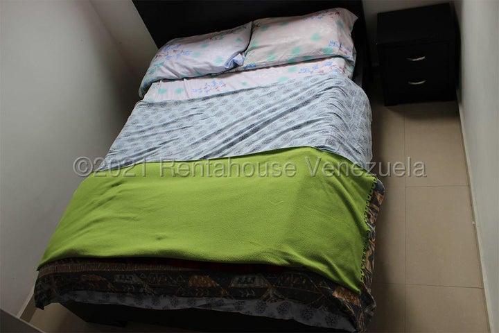 Apartamento Merida>Ejido>Sector Zumba - Venta:29.999 Precio Referencial - codigo: 21-21565