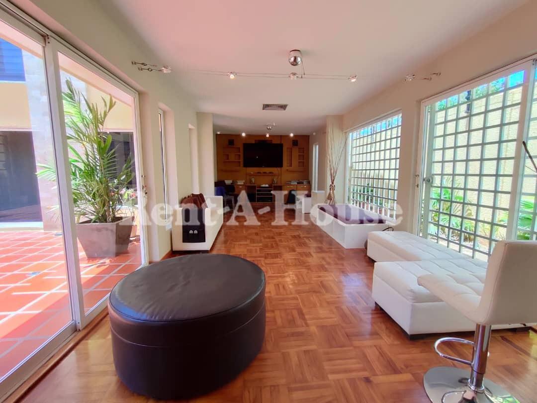 Townhouse Zulia>Maracaibo>Doral Norte - Venta:140.000 Precio Referencial - codigo: 21-21705