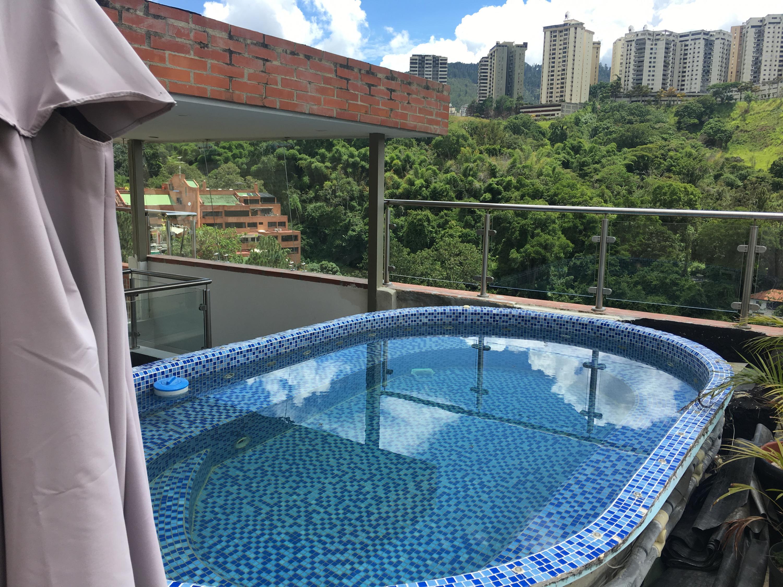 Apartamento Distrito Metropolitano>Caracas>El Peñon - Venta:650.000 Precio Referencial - codigo: 21-21716