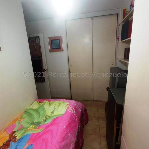 Apartamento Distrito Metropolitano>Caracas>El Paraiso - Venta:26.000 Precio Referencial - codigo: 21-21769
