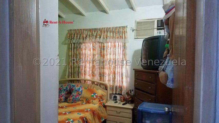 Casa Aragua>Santa Cruz de Aragua>Jardines de Turagua - Venta:9.000 Precio Referencial - codigo: 21-21931
