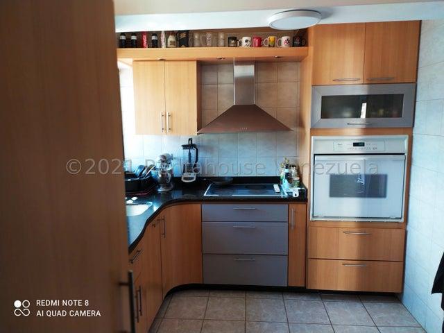 Apartamento Distrito Metropolitano>Caracas>El Paraiso - Venta:55.000 Precio Referencial - codigo: 21-21983