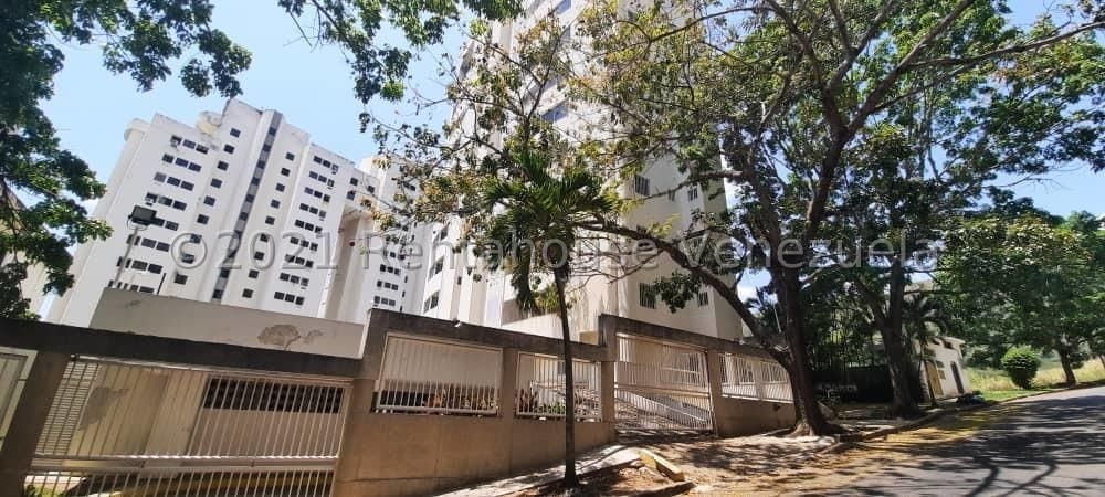 Apartamento Carabobo>Valencia>El Parral - Venta:70.000 Precio Referencial - codigo: 21-91