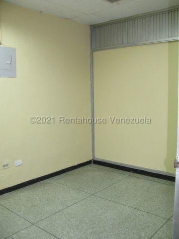 Local Comercial Distrito Metropolitano>Caracas>Los Ruices - Alquiler:350 Precio Referencial - codigo: 21-22074
