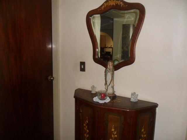 Apartamento Distrito Metropolitano>Caracas>Parroquia La Candelaria - Venta:44.900 Precio Referencial - codigo: 21-22101