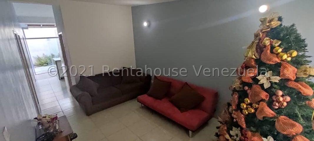 Casa Lara>Cabudare>El Amanecer - Venta:13.000 Precio Referencial - codigo: 21-22169