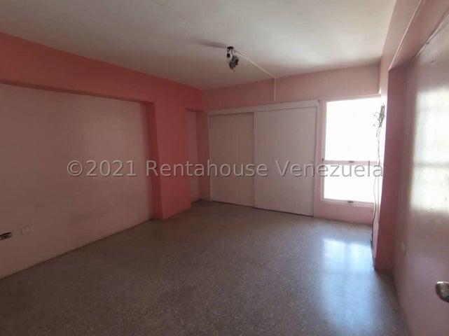 Apartamento Lara>Barquisimeto>Parroquia Concepcion - Venta:22.000 Precio Referencial - codigo: 21-22196