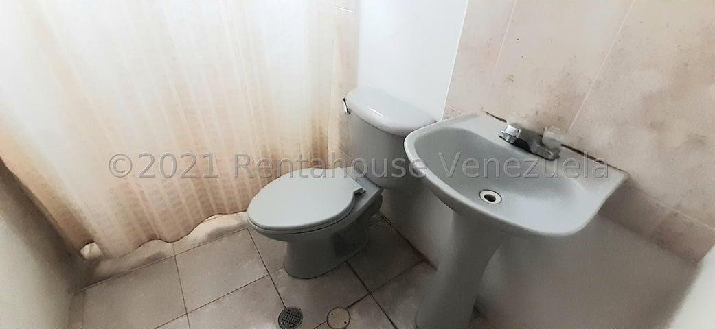 Casa Lara>Cabudare>La Piedad Norte - Venta:19.000 Precio Referencial - codigo: 21-6644