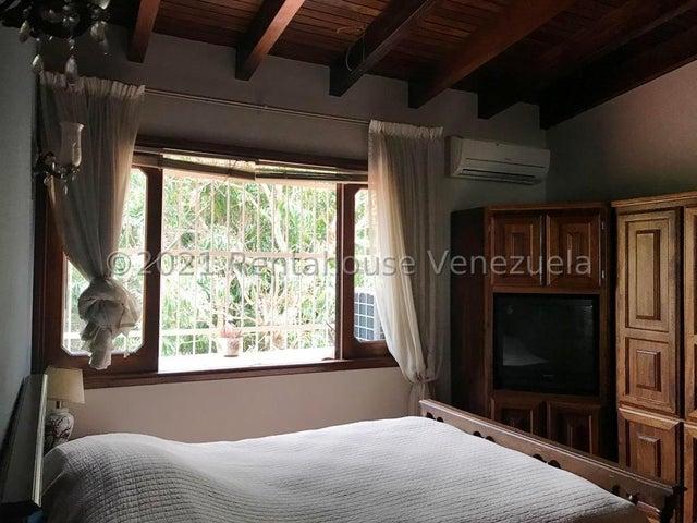 Casa Distrito Metropolitano>Caracas>Santa Paula - Venta:200.000 Precio Referencial - codigo: 21-22301