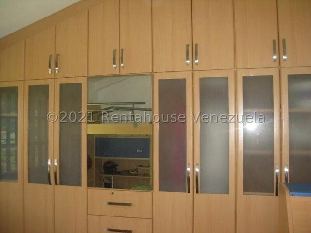 Casa Miranda>Carrizal>Colinas de Carrizal - Venta:165.000 Precio Referencial - codigo: 21-22463