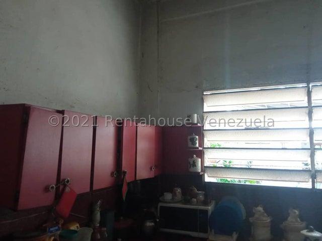 Casa Lara>Barquisimeto>Parroquia Concepcion - Venta:110.000 Precio Referencial - codigo: 21-22235