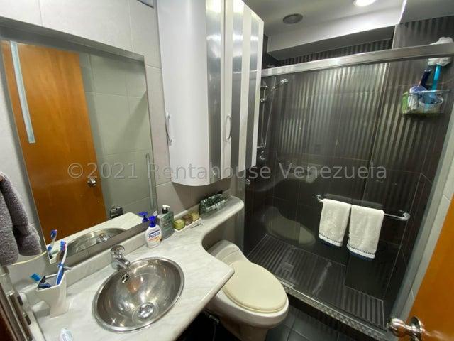 Apartamento Distrito Metropolitano>Caracas>La Boyera - Venta:165.000 Precio Referencial - codigo: 21-22266