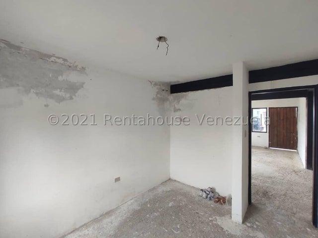 Casa Aragua>Municipio Linares Alcantara>La Morita I - Venta:15.000 Precio Referencial - codigo: 21-9573