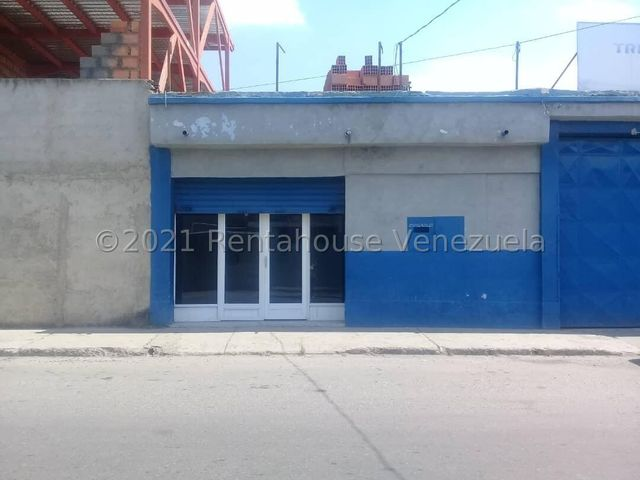 Local Comercial Lara>Barquisimeto>Parroquia Catedral - Alquiler:160 Precio Referencial - codigo: 21-22364