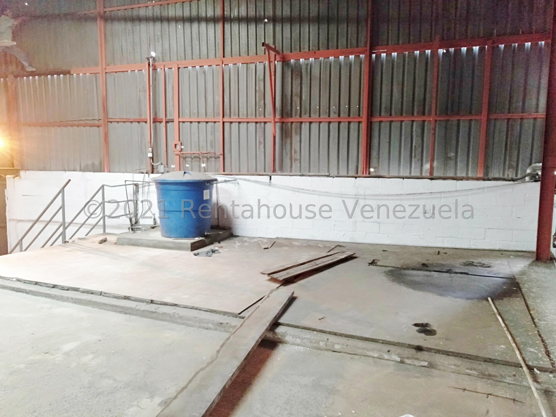Galpon - Deposito Distrito Metropolitano>Caracas>La Yaguara - Alquiler:2.500 Precio Referencial - codigo: 21-22447