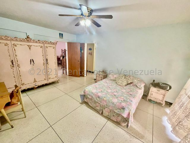 Casa Distrito Metropolitano>Caracas>Prados del Este - Venta:340.000 Precio Referencial - codigo: 21-22457