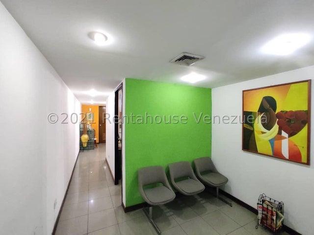 Local Comercial Aragua>Maracay>Zona Centro - Venta:35.000 Precio Referencial - codigo: 21-22553