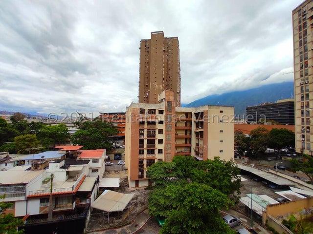 Apartamento Distrito Metropolitano>Caracas>La California Norte - Venta:60.000 Precio Referencial - codigo: 21-22589